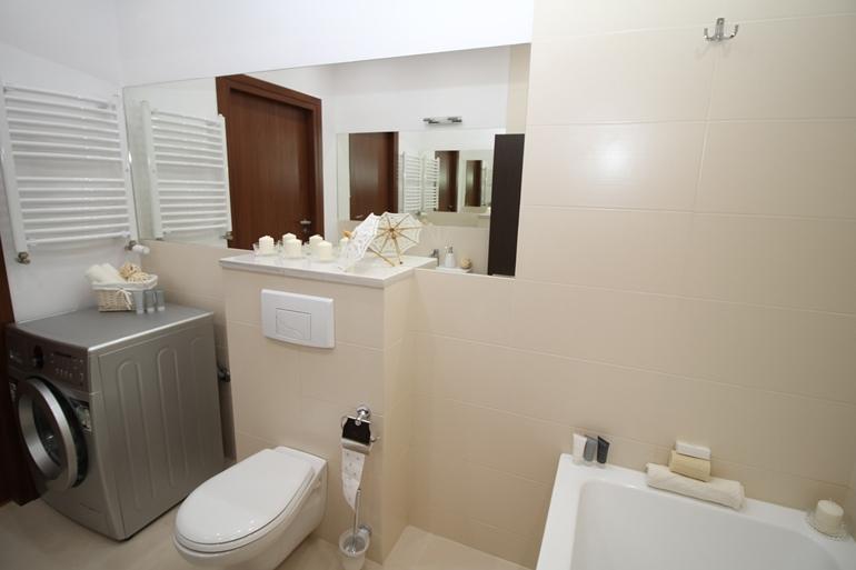 Oświetlenie w łazience – dla komfortowej pielęgnacji